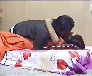 Amateur Indian couple sex..