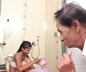 Hot Baby Bathing and sex..